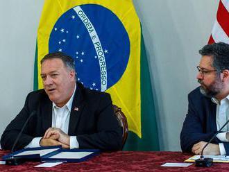 Pompeo povedal, že venezuelský prezident Maduro by mal odísť