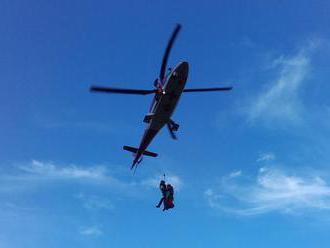 Horská služba pomáhala Poliakom, zasahoval aj vrtuľník