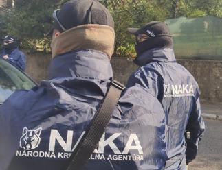 NAKA vo veľkom udrela v Bratislave, ide o rozsiahlu korupciu