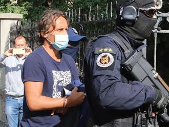 Makó pôjde do väzby, rozhodol ŠTS. Nepomohli ani záruky kňaza