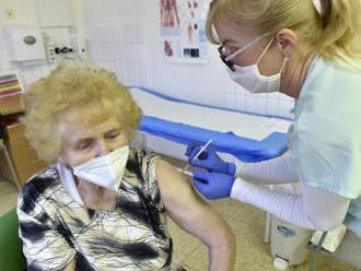 Blatný: Očkování nejrizikovějších skupin se asi o měsíc opozdí