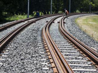 Rezort dopravy: Rok 2021 bude o investíciách do obnovy železníc