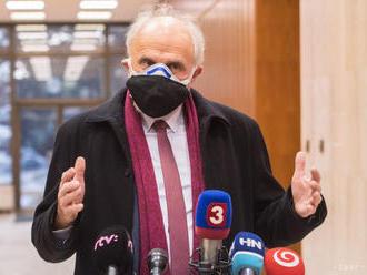 Mičovský odmieta obvinenia z machinácie v PPA, za Jánošom si stojí