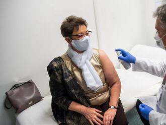 Müller Cecília szerint óriási  dolog, hogy a jelentkező egészségügyi dolgozók 80 százalékát már beol