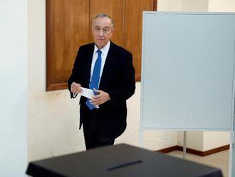 Portugalsko volí prezidenta. O post sa uchádza aj súčasný prezident de Sousa