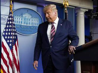 Trump odchádza z Bieleho domu s najnižšou podporou od nástupu do funkcie, podporuje ho 34 percent Am