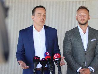 Šutaj Eštok: Za nezbieraním podpisov boli vyhrážky niektorých ministrov. Šeliga: Nevyhovárajte sa