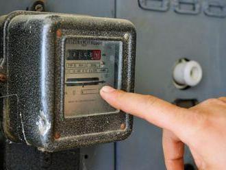 Niektorí odberatelia elektriny by si mali do apríla vymeniť ističe alebo zmeniť tarifu, hrozí im nár