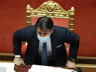 Taliansky premiér Conte podá v utorok demisiu