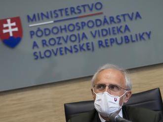 Rezort žiadal hygienikov o takmer 400 výnimiek v súvislosti so vstupom na Slovensko