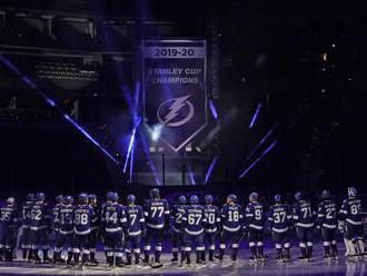 NHL: Obhajca vstúpil do sezóny víťazne, gólový návrat Patricka