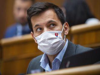 """Šeliga: """"Novinári môžu požiadať o ochranu, ak majú obavu o svoj život."""" Od Žilinku očaká"""