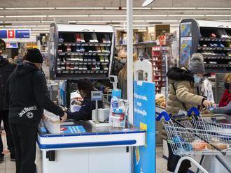 Tržby britského reťazca Tesco počas Vianoc stúpli o rekordných 8,1 %