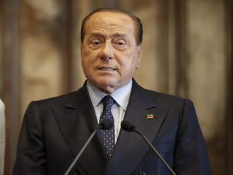 Talianskeho expremiéra Berlusconiho hospitalizovali pre problémy so srdcom
