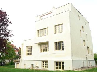 Tragický osud vlastníků proslulé smíchovské vily. Otce i syna zavraždili nacisté
