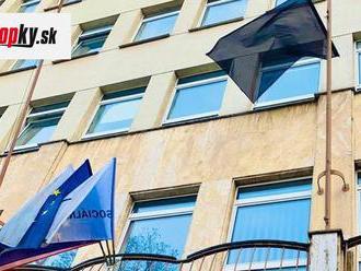 Čierna zástava na Sociálnej poisťovni: Na KORONAVÍRUS zomreli aj zamestnanci!