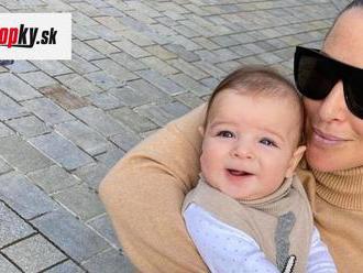 Cibulková stále dojčí synčeka Jakubka, napriek tomu sa dala zaočkovať: Slová odborníka ju nepotešia