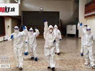 VIDEO Testovanie v Petržalke nabralo nečakaný spád: Musíte vidieť, čo sa dialo na strednej škole!