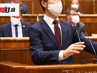 Smer-SD sa nezúčastní mimoriadnej schôdze parlamentu: Blanár hovorí o chaose a nedôstojnosti