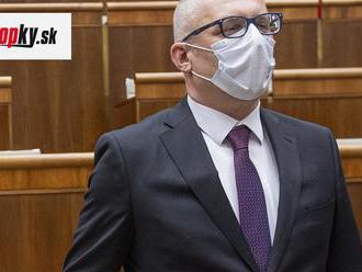 Poslanec Za ľudí vyzýva Matoviča: Pán premiér, neurážajte starostov a primátorov, dajte im pokoj