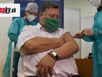 Stratégia sa má po kauze prednostného očkovania meniť: Zoznam náhradníkov či pokuty majú brániť mach