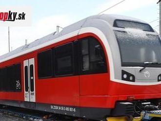 Do Popradu doviezli prvý z piatich nových hybridných vlakov