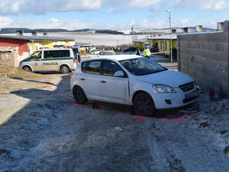 Tragédia v Letanovciach: Muž zrazil chlapca  . Do auta sadol napriek tomu, že nemá vodičák