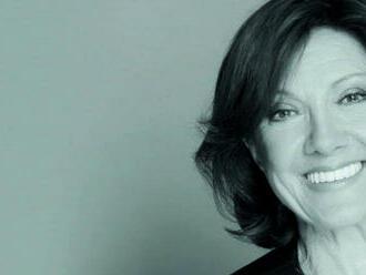 AUDIO:  Pozhasínej  Marie Rottrové je nezvykle civilní vánoční písničkou