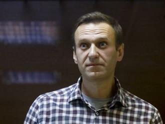 Súd v Moskve na rok obmedzil slobodu pohybu bývalej Navaľného spojenkyni