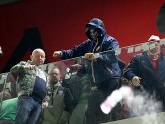 Albánci odsúdili incidenty vlastných fanúšikov, no Poliakov obvinili z provokácií