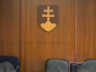 Súd s exšéfom SIS a bývalým policajtom: Obhajoba navrhuje oslobodenie spod obžaloby