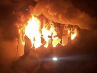 Rozsiahly požiar bytovky v Taiwane: Zahynulo najmenej 46 ľudí, desiatky zranených