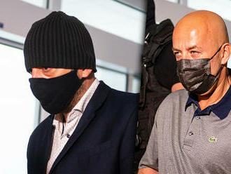 Pre exšéfa kontrarozvieky SIS a expolicajta žiada prokurátor 11 rokov za prijatie úplatku