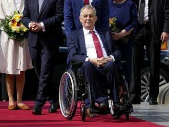M. Zeman zvolá ustanovujúcu schôdzu novej Snemovne, odmietli komentovať jeho zdravotný stav