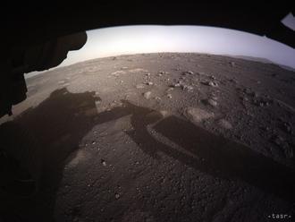 NASA zverejnila vôbec prvý zvuk z Marsu a video z vozidla Perseverance