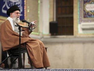 Chameneí: Irán môže v prípade potreby obohacovať urán na úroveň 60%
