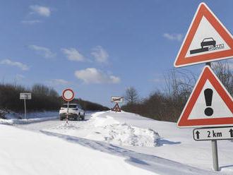 Teplé počasie zapríčinilo úbytok snehovej pokrývky v nižších polohách