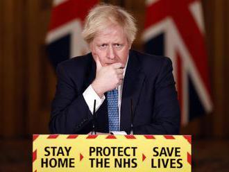 Británia: Johnson predstavil postupné zníženie opatrení, plán má 4 fázy