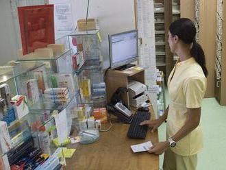 Ministerstvo zdravotníctva objednalo dodávky aj neregistrovaných liekov, prichádzajú postupne