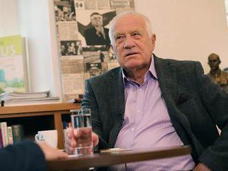 Česko: Bývalý prezident Klaus sa nakazil covid-19