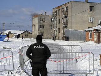 V rómskej osade v obci Sačurov v okrese Vranov nad Topľou odhalili len tri nové prípady ochorenia CO