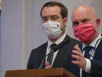 Gröhling chce otvoriť diskusiu s MZ o očkovaní vysokoškolských pedagógov