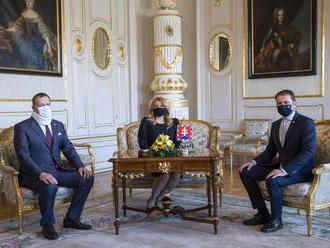 Prezidentka prijala Matoviča a Kollára, rokujú o koronakríze