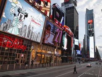 New York oznámil ďalšie uvoľnenie opatrení. Čiastočne sa otvoria kiná