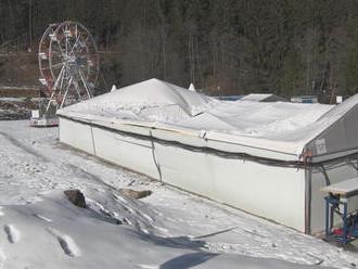 Ľadové kráľovstvo definitívne končí. Okrem lockdownu tomu pomohla aj prepadnutá strecha