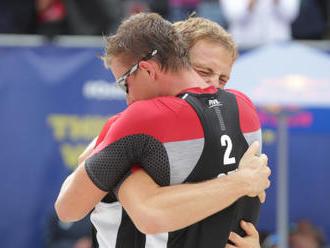 Beachvolejbalisté Perušič a Schweiner v Cancúnu prošli do play off