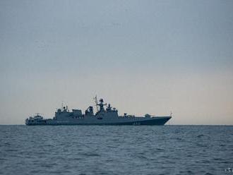 Rusko v rámci cvičení presúva vojenské lode do Čierneho mora