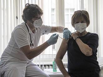 Očkovanie proti COVID-19 sa v Nemecku zrýchlilo po zapojení lekárov