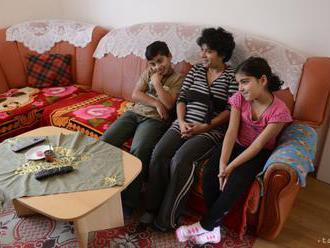 Organizácie žiadajú štáty EÚ, aby neodoberali deti rómskym rodinám