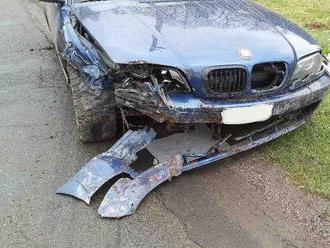 UBřeziny uMoravské Třebové dvoučlenná posádka osobního vozidla sjela ze silnice do příkopua…